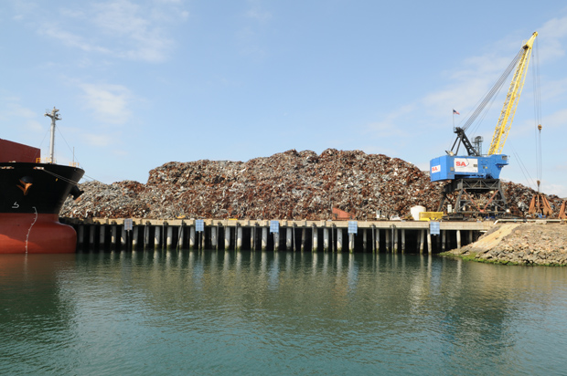 Photo Of Sa Recyclings Scrap Metal Facility At Port Of Long Beach Photo By Lydia Chain