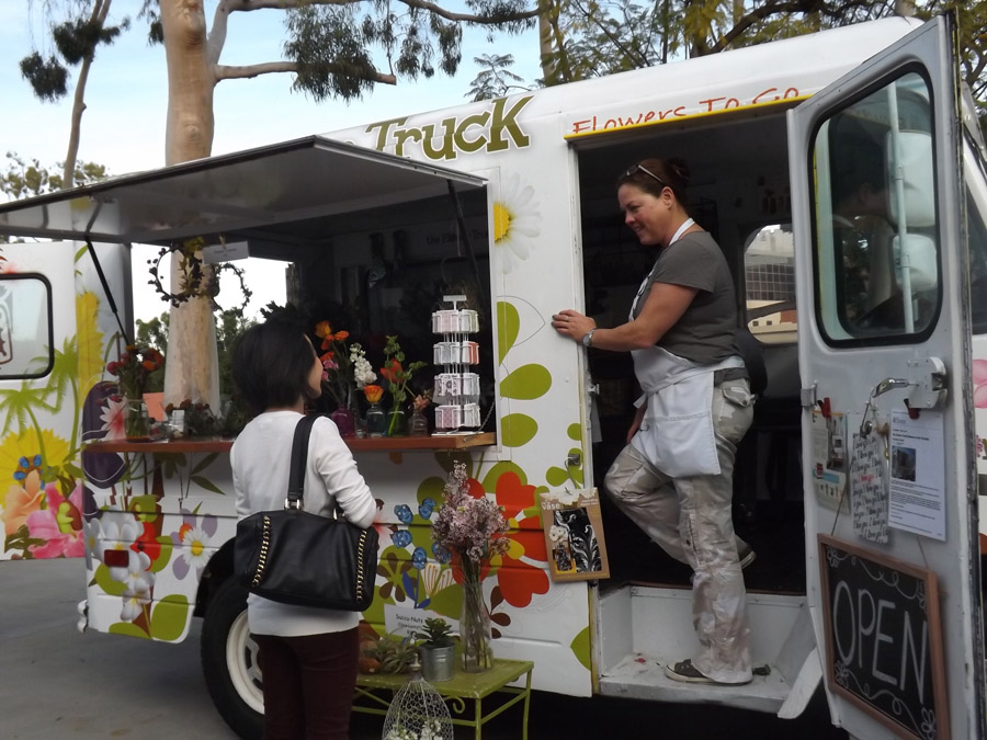 eed727f8876829 Mobile Retail Trucks Park at CSULB for Inaugural Pop-Up Shopping Event