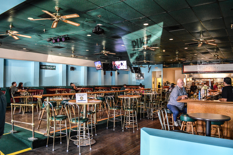 The New Pike Bar In Los Alamitos Photos By Brian Addison