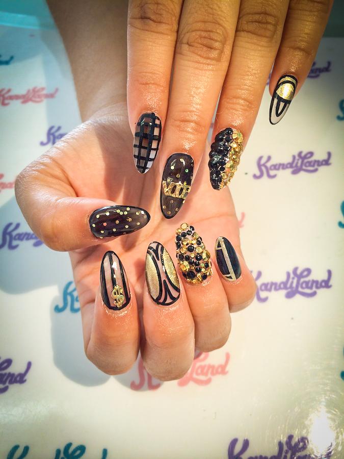 From Nicki Minaj to Demi Lovato, This Long Beach Manicurist \'Nail\'d ...