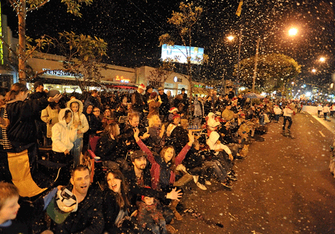 catch the belmont shore christmas parade on charter tv