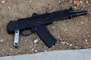 bigger new replica airsoft assault rifle