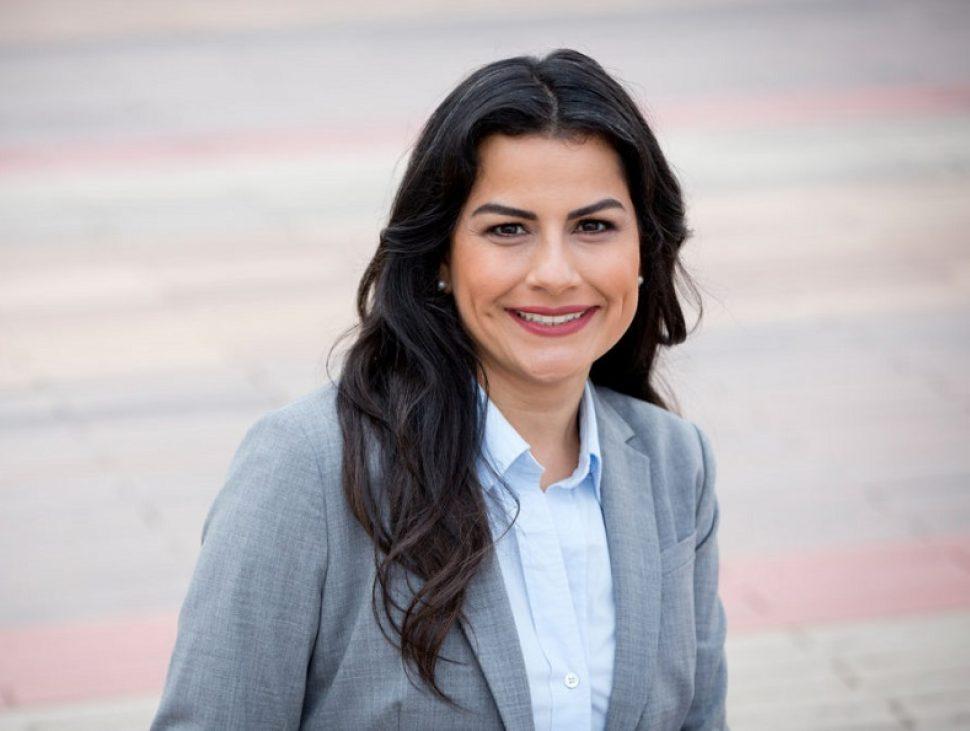 Nanette Barragan
