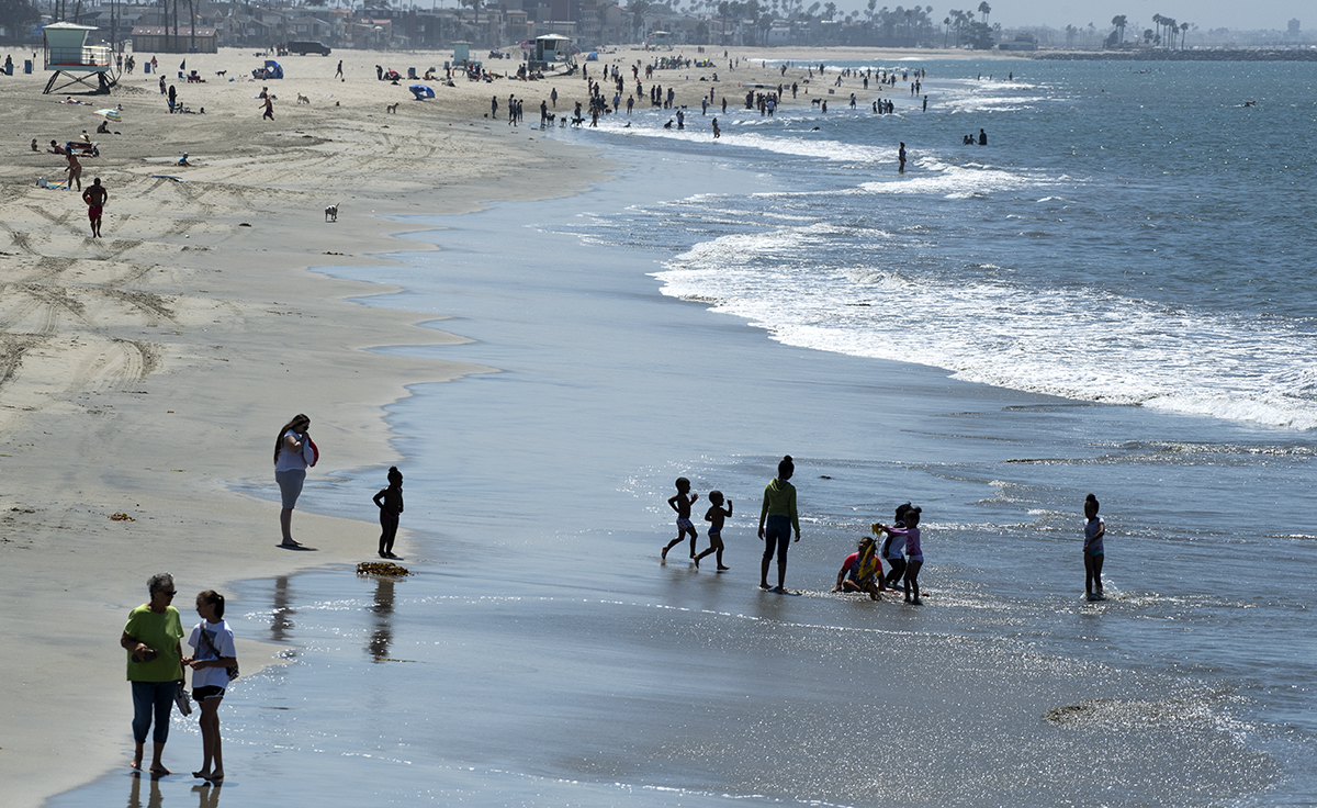 Kids Play In The Water Near Belmont Pier Long Beach July 5 2018 Photo By Thomas R Cordova Things To Do