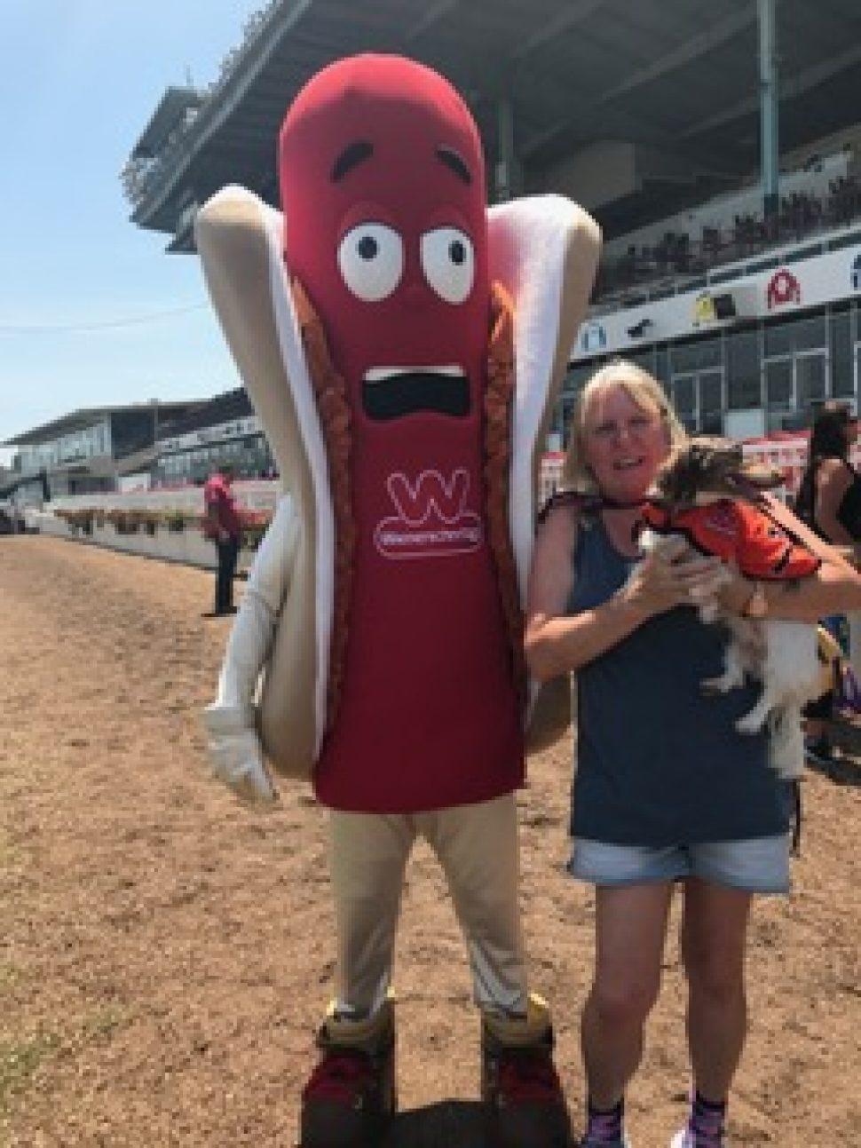 Everyone's a Wiener! The 23rd Annual Wienerschnitzel ...